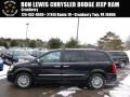 Brilliant Black Crystal Pearl 2014 Chrysler Town & Country Limited