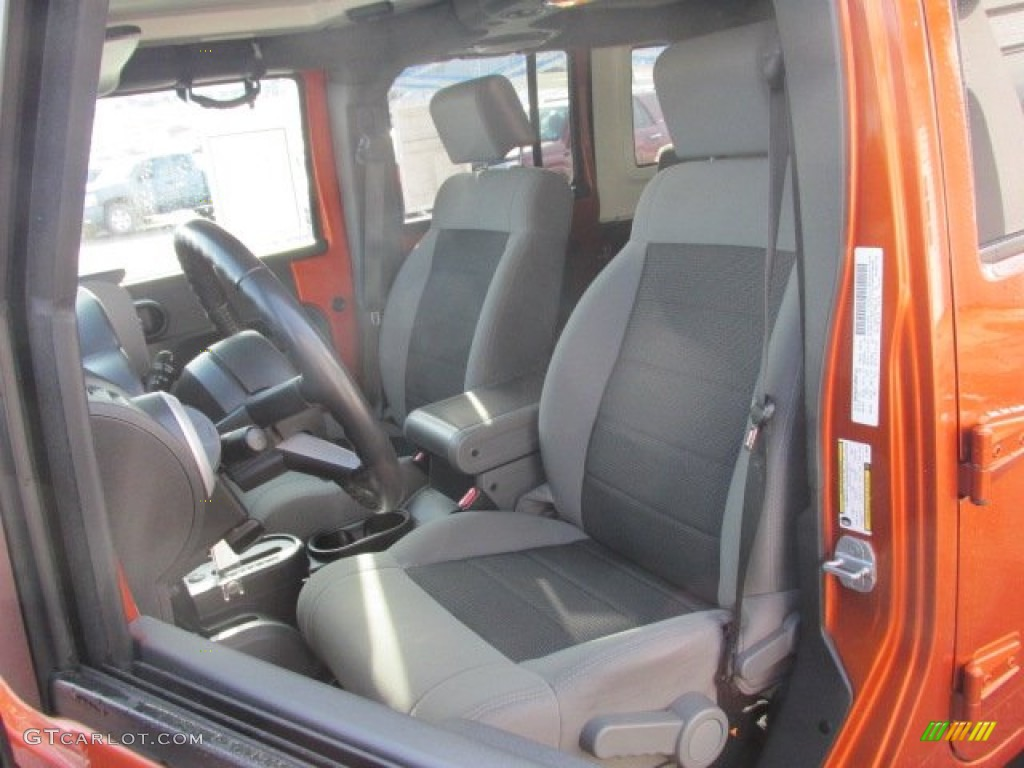 2010 Jeep Wrangler Unlimited Sahara 4x4 Interior Color Photos