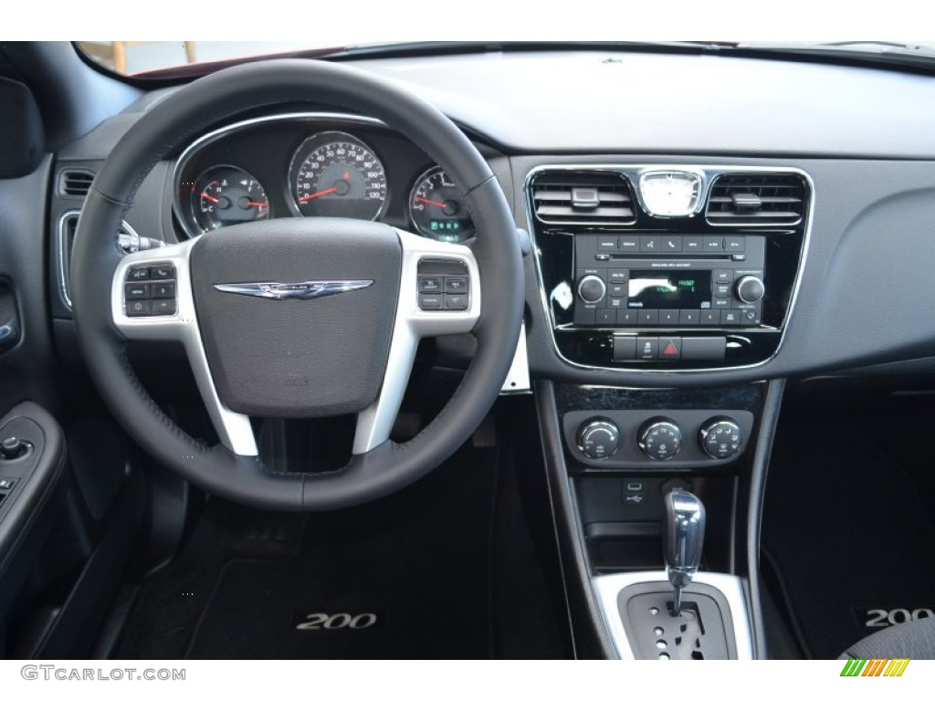 2013 chrysler 200 s sedan dashboard photos. Black Bedroom Furniture Sets. Home Design Ideas