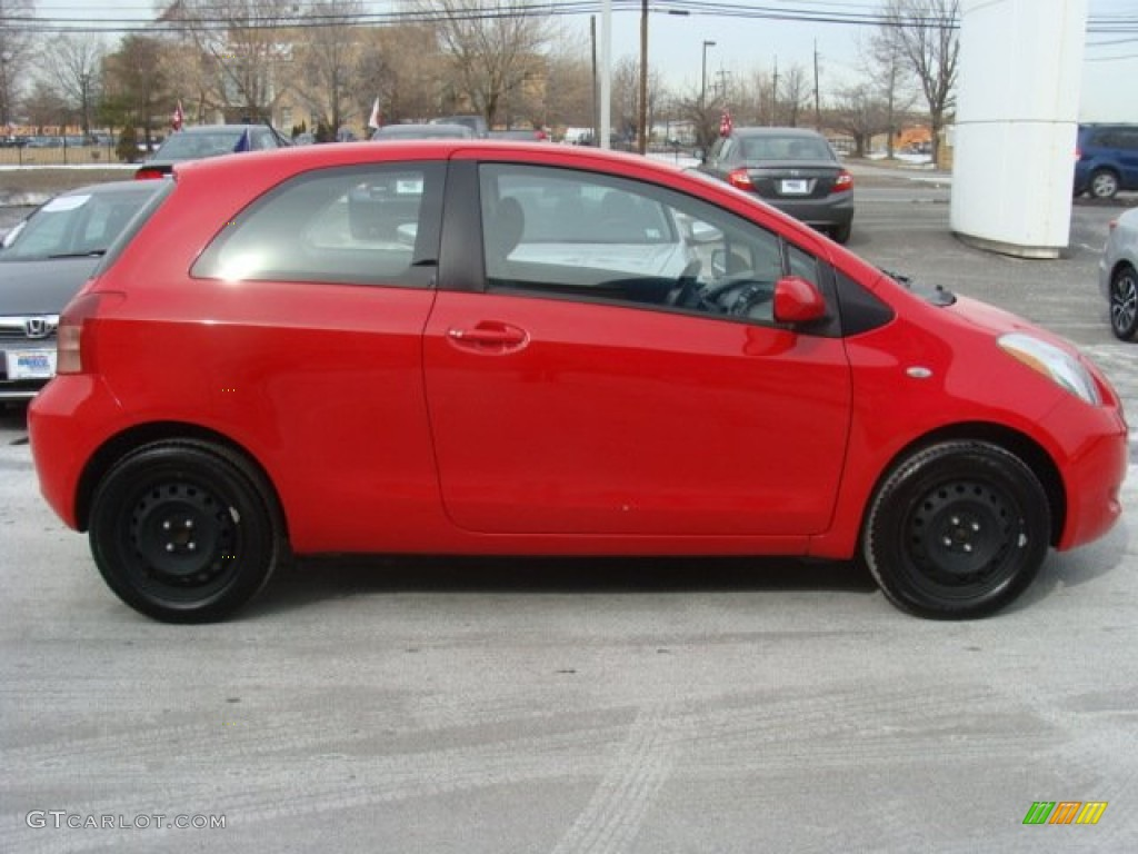 Absolutely Red 2007 Toyota Yaris 3 Door Liftback Exterior Photo 91099682