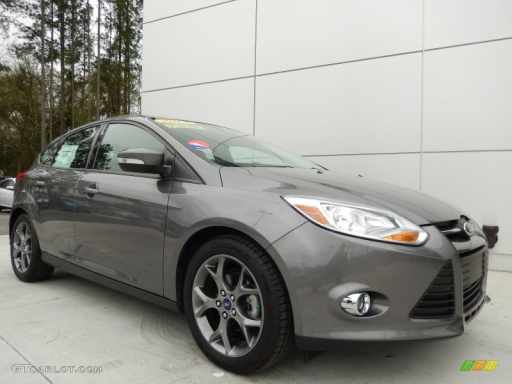 Used 2014 Ford Focus St Hatchback Features Specs Edmunds