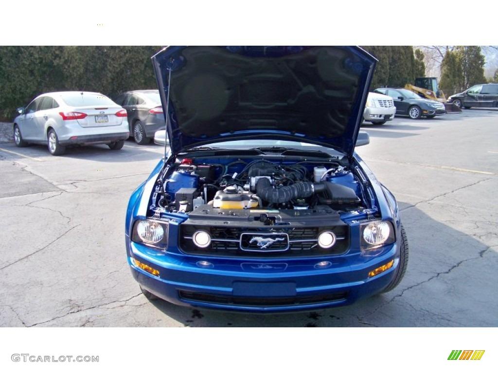 2007 Mustang V6 Premium Coupe - Vista Blue Metallic / Light Graphite photo #17
