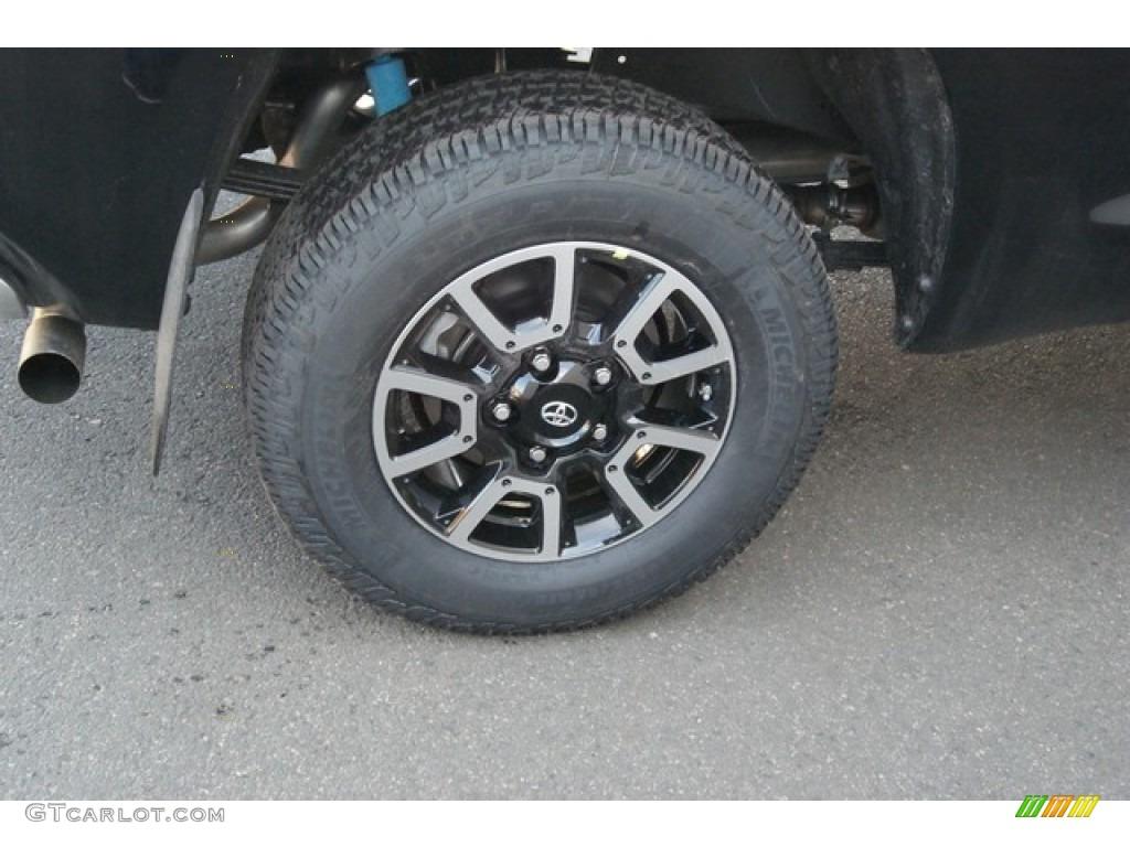 2014 Tundra SR5 TRD Double Cab 4x4 - Black / Black photo #9