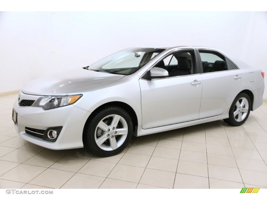 classic silver metallic 2012 toyota camry se exterior photo 91487800. Black Bedroom Furniture Sets. Home Design Ideas