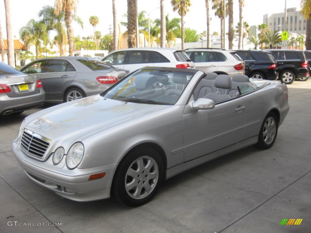 2002 Brilliant Silver Metallic Mercedes Benz Clk 320