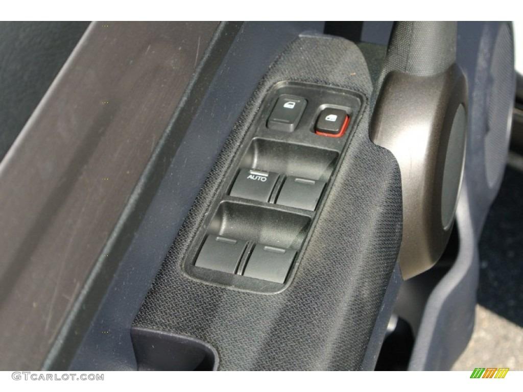 2011 CR-V SE 4WD - Polished Metal Metallic / Black photo #11
