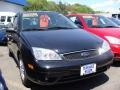 2005 Pitch Black Ford Focus ZX3 SE Coupe  photo #3