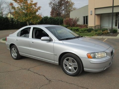 2005 volvo s60 2 5t awd data info and specs. Black Bedroom Furniture Sets. Home Design Ideas