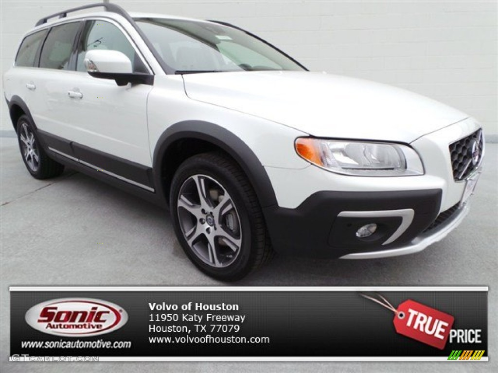 2015 ice white volvo xc70 t6 awd 92522379. Black Bedroom Furniture Sets. Home Design Ideas