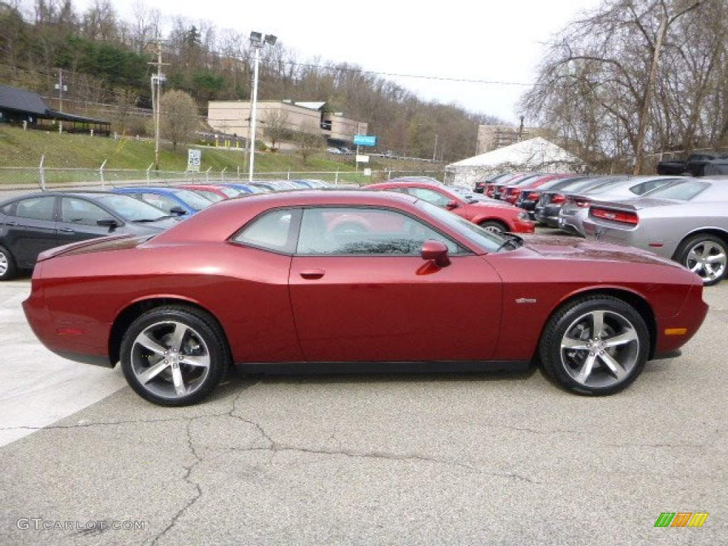 Exterior 68992546 furthermore 01 besides Dodge Charger Srt Hellcat Hemi moreover 2012 Dodge Challenger Pictures C23051 pi36532812 moreover 2012 Beetle. on 2012 challenger srt8 392 specs