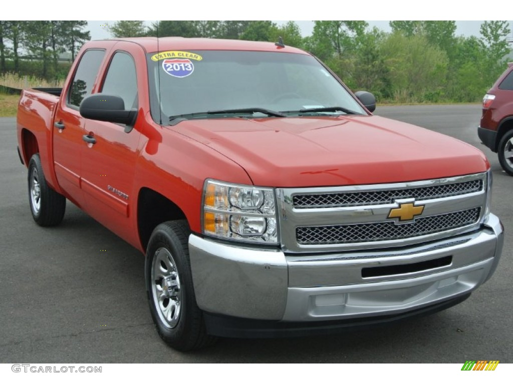 2013 Silverado 1500 LT Crew Cab - Victory Red / Light Titanium/Dark Titanium photo #1