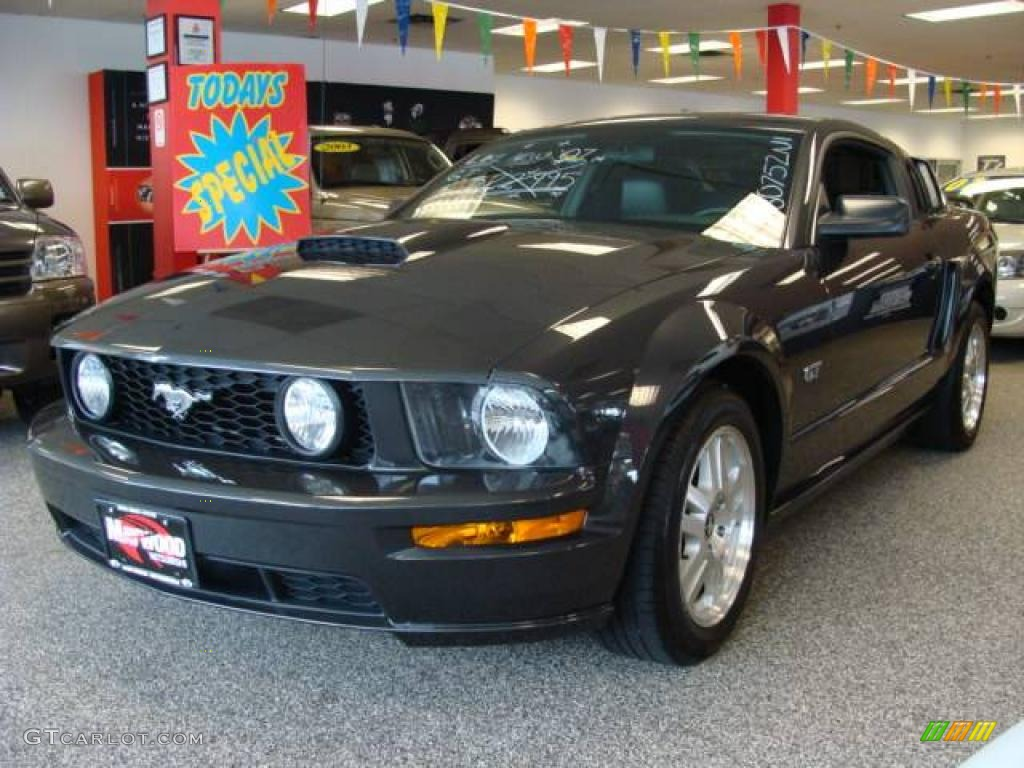 2007 Mustang GT Premium Coupe - Alloy Metallic / Dark Charcoal photo #1
