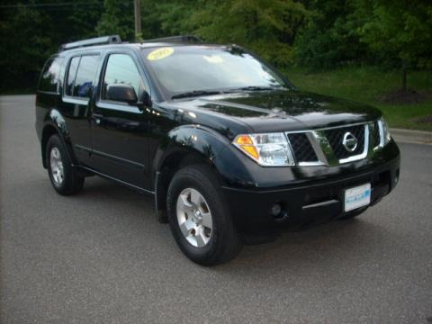 2005 nissan pathfinder xe data info and specs. Black Bedroom Furniture Sets. Home Design Ideas