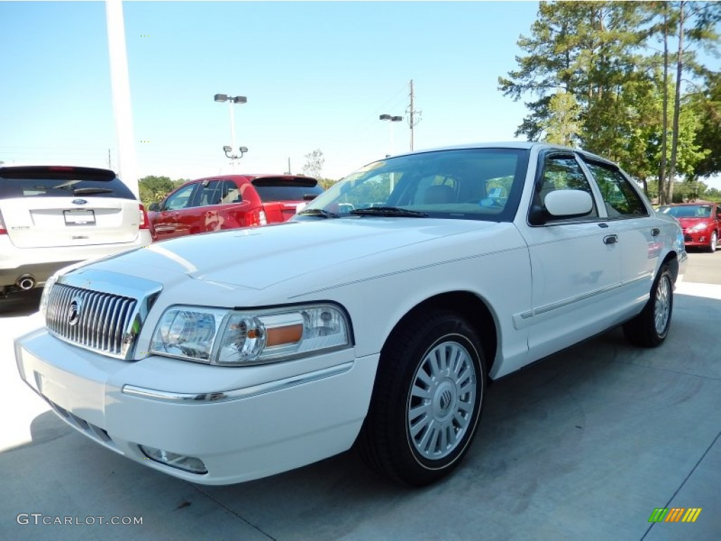 vibrant white 2007 mercury grand marquis ls exterior photo. Black Bedroom Furniture Sets. Home Design Ideas