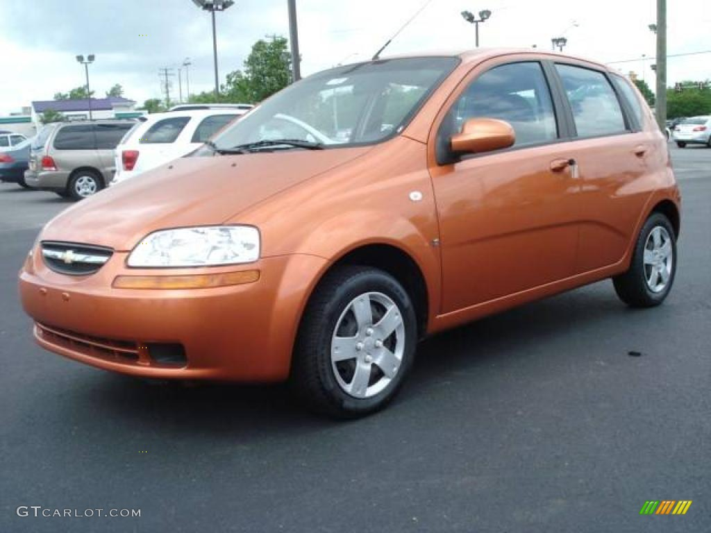 2007 Spicy Orange Chevrolet Aveo 5 Ls Hatchback 9332892