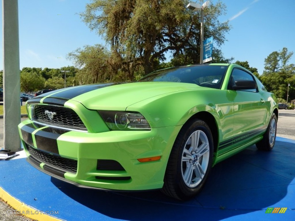 2013 ford mustang v6 premium coupe exterior photos. Black Bedroom Furniture Sets. Home Design Ideas