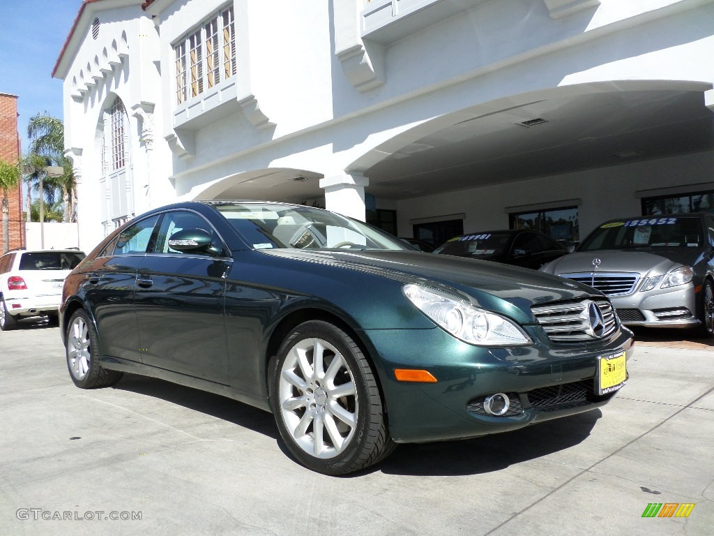 2007 jade green metallic mercedes benz cls 550 93666934 for Mercedes benz green