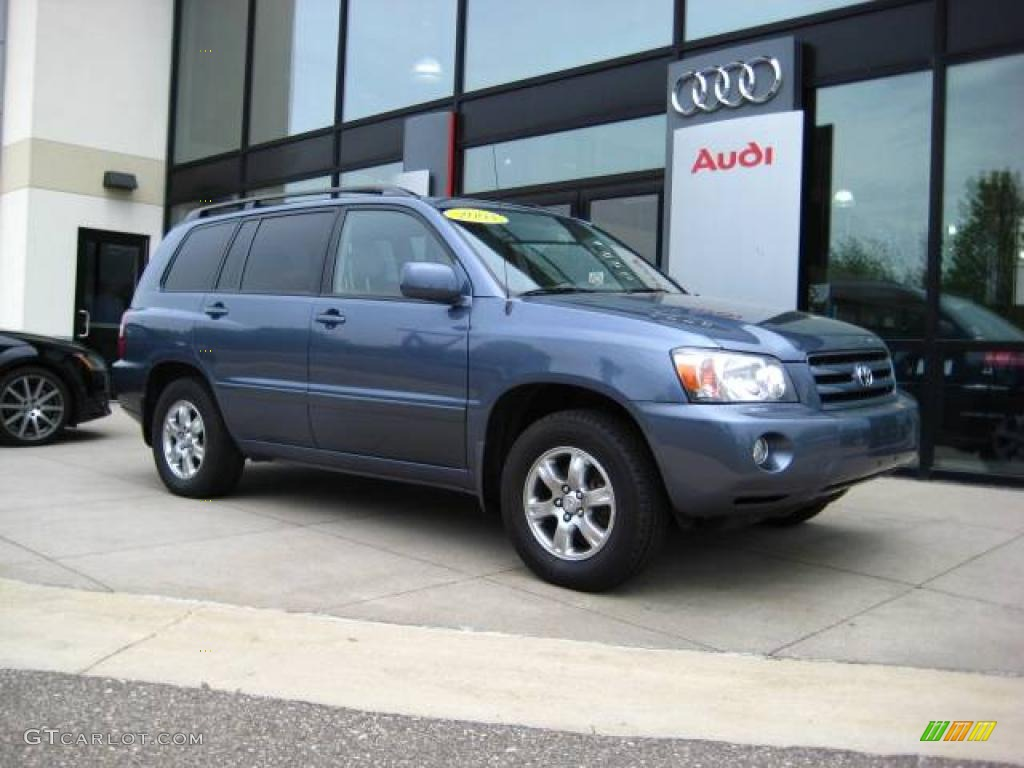 Bluestone Metallic Toyota Highlander V WD - 2004 highlander