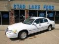 Vibrant White 2000 Lincoln Town Car Executive