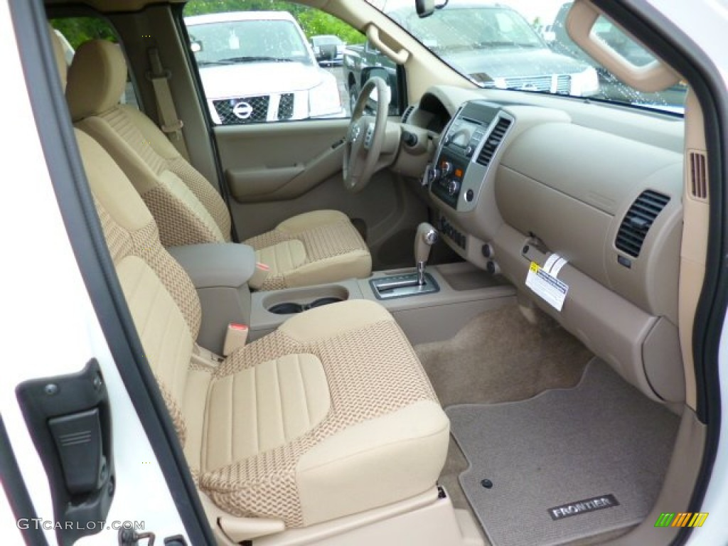 Beige Interior 2014 Nissan Frontier Sv King Cab 4x4 Photo 93977250