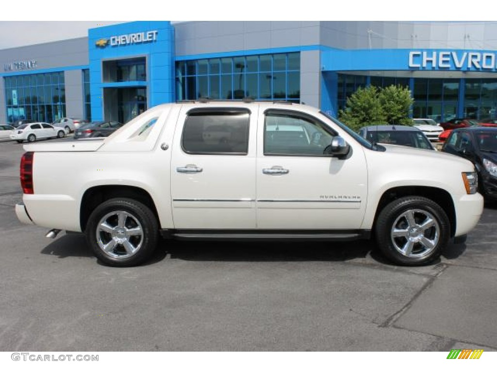 2013 white diamond tricoat chevrolet avalanche ltz 4x4 94090089 car color. Black Bedroom Furniture Sets. Home Design Ideas