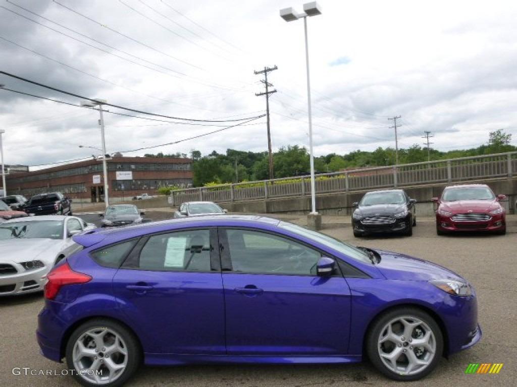 2014 Performance Blue Ford Focus ST Hatchback #94175691 ...