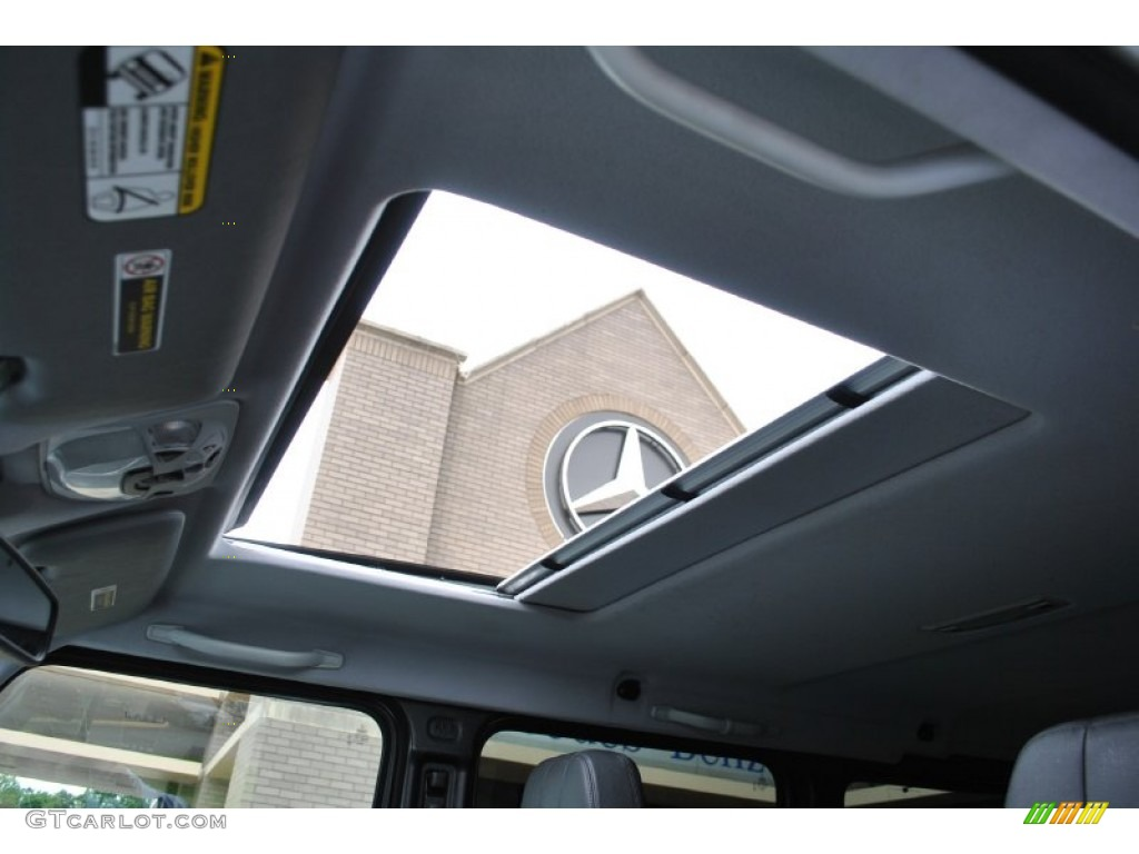 2011 mercedes benz g 550 sunroof photo 94225490 for Mercedes benz sunroof