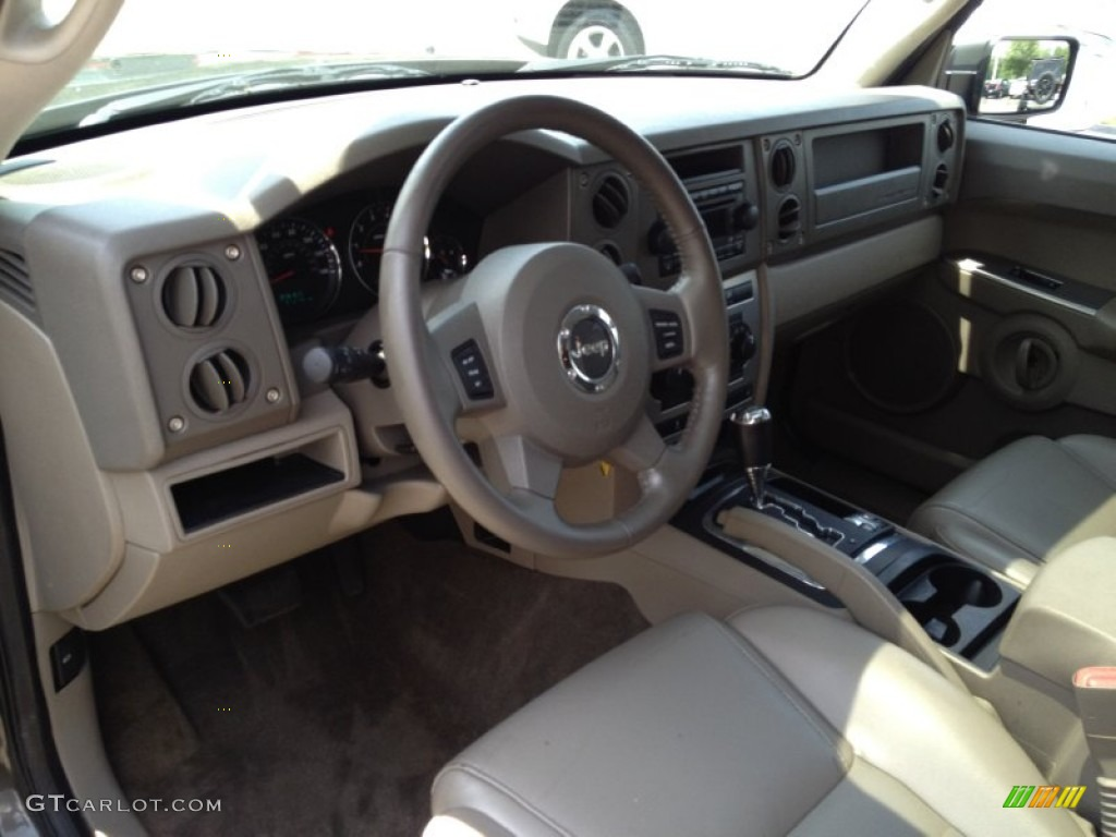 2006 Jeep Commander 4x4 Interior Color Photos