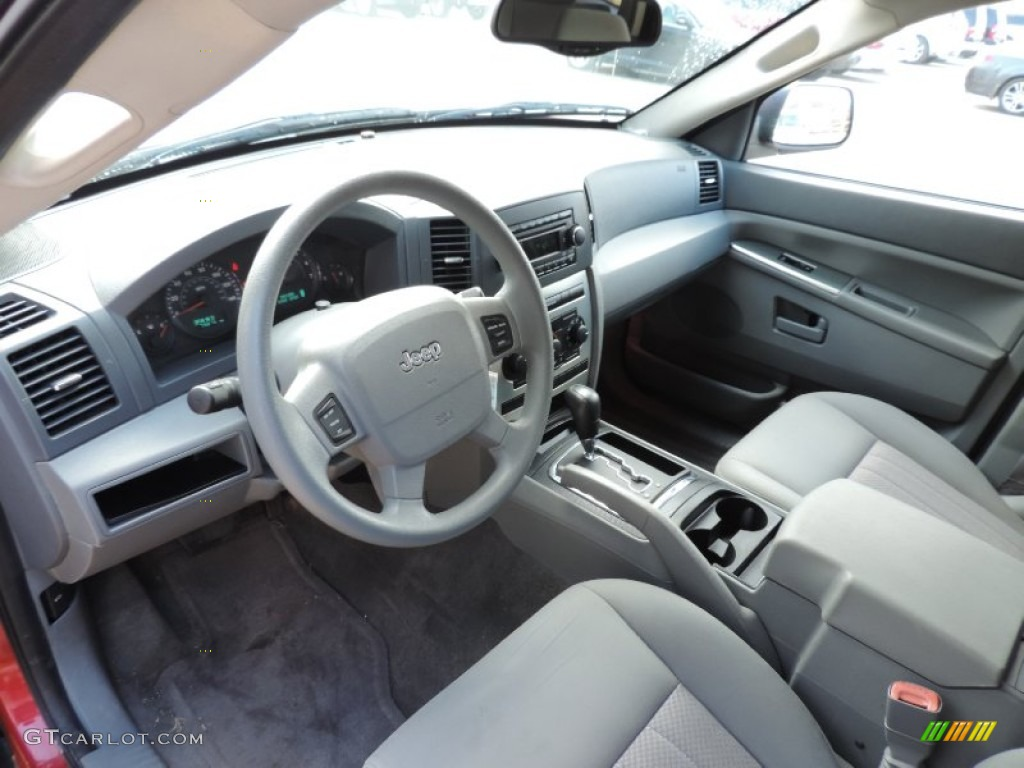 2006 jeep grand cherokee laredo interior color photos
