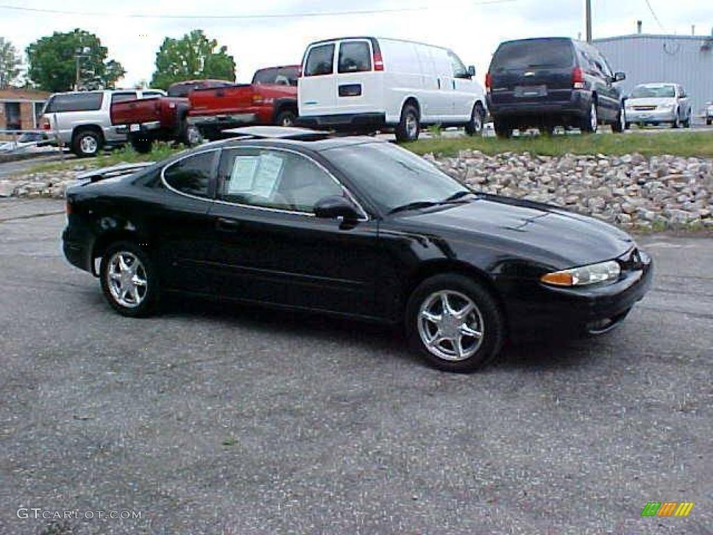 1999 Alero Gls Coupe Black Onyx Neutral Photo 3