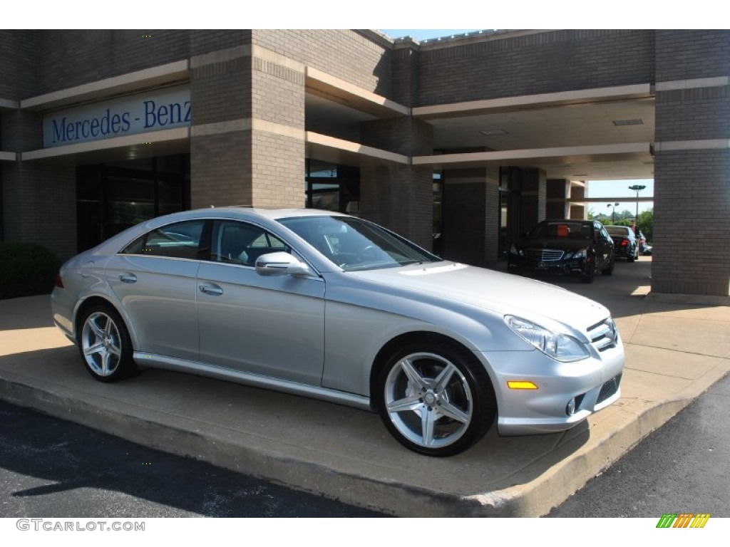 Iridium silver metallic 2011 mercedes benz cls 550 for 2011 mercedes benz cls 550