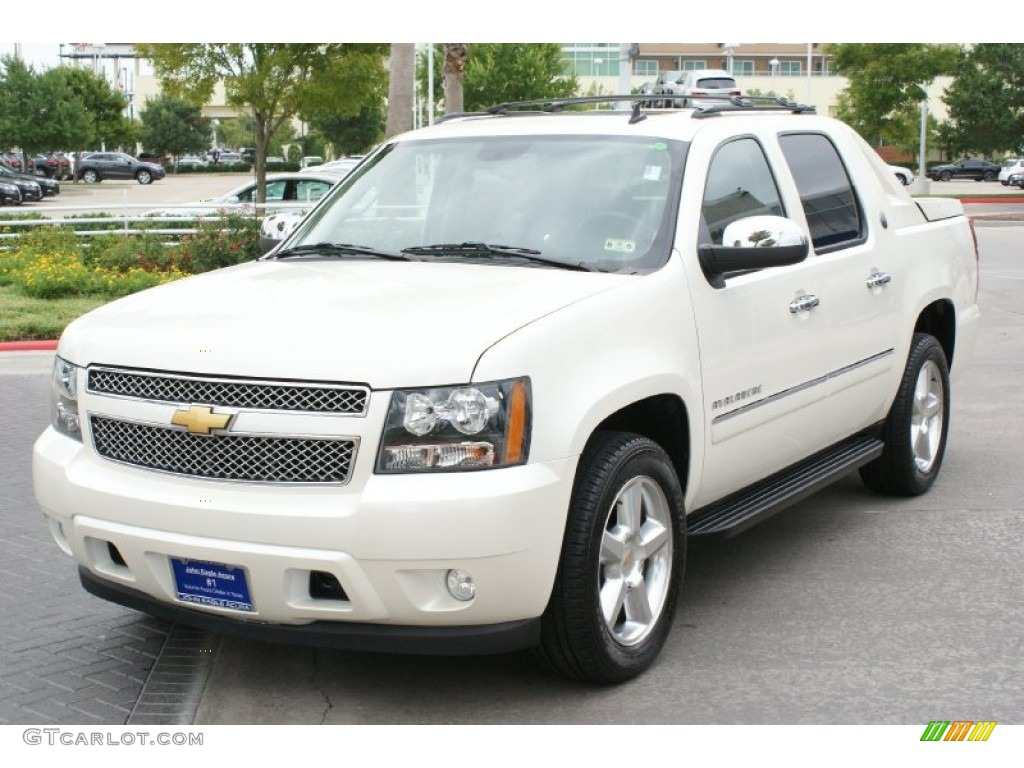 2013 white diamond tricoat chevrolet avalanche ltz 94772738 photo 2 car color. Black Bedroom Furniture Sets. Home Design Ideas