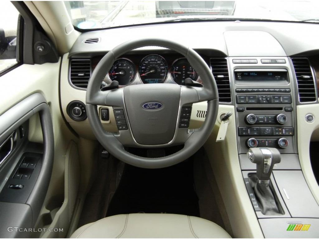 1999 ford taurus interior