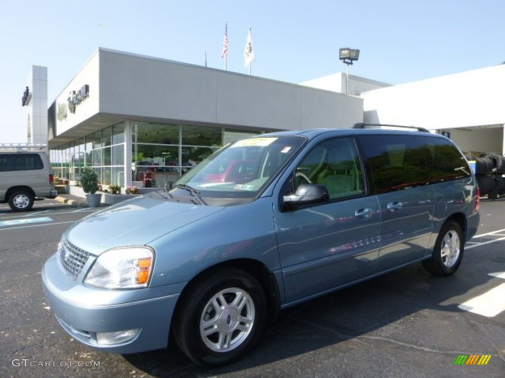 Windveil blue metallic ford freestar