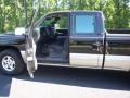 2002 Onyx Black Chevrolet Silverado 1500 LS Extended Cab 4x4  photo #32