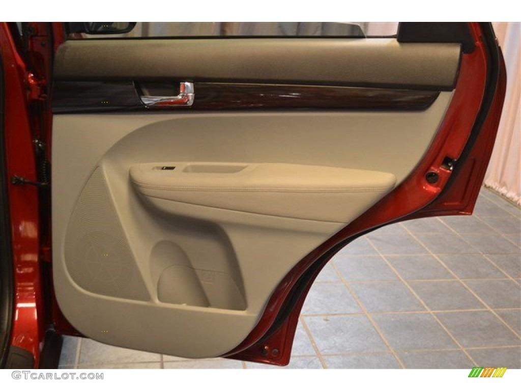 2011 Sorento LX AWD - Spicy Red / Gray photo #13