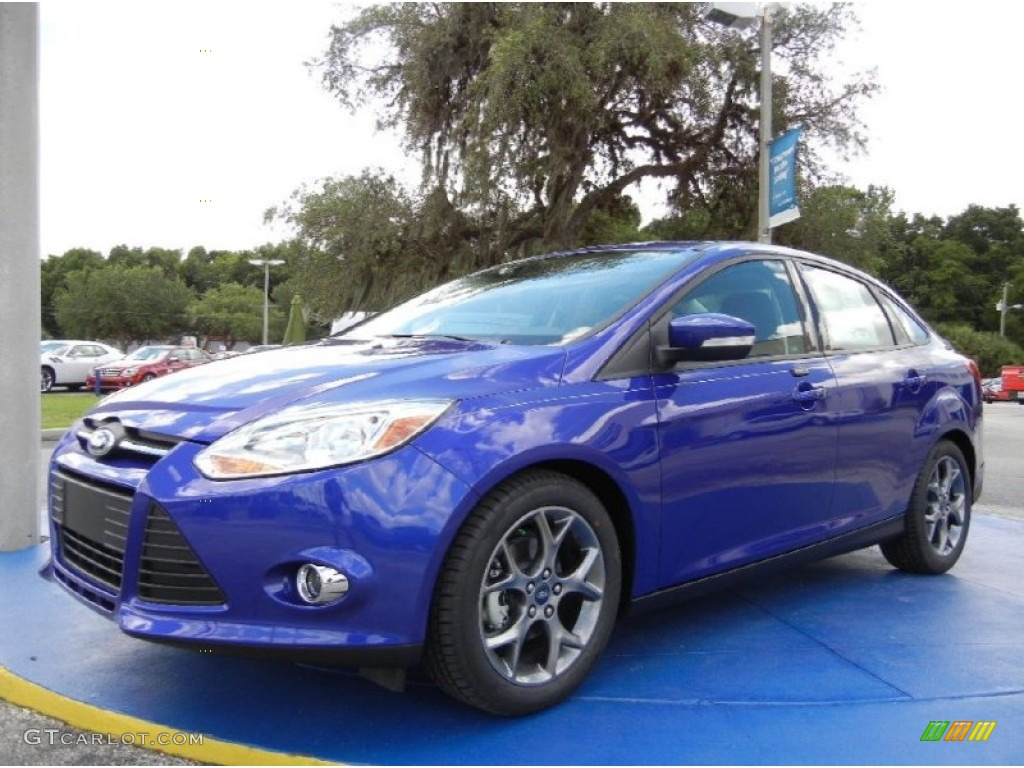 2014 performance blue ford focus se sedan 96045209 car color galleries. Black Bedroom Furniture Sets. Home Design Ideas