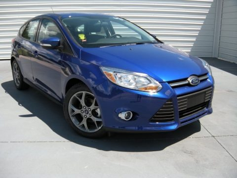 2014 ford focus se hatchback data info and specs. Black Bedroom Furniture Sets. Home Design Ideas