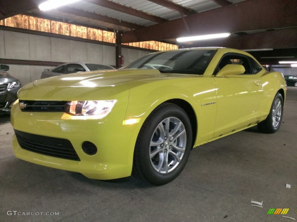 2015 Bright Yellow Chevrolet Camaro Ls Coupe 96160381