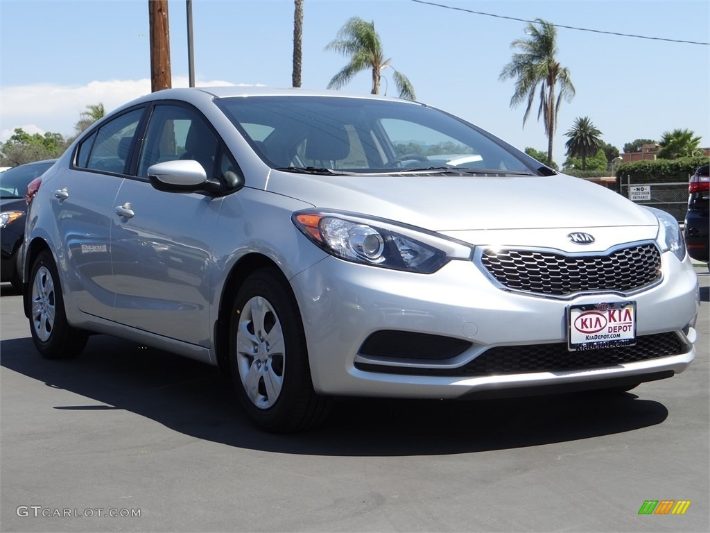 2015 bright silver kia forte lx 96290262 car color galleries. Black Bedroom Furniture Sets. Home Design Ideas