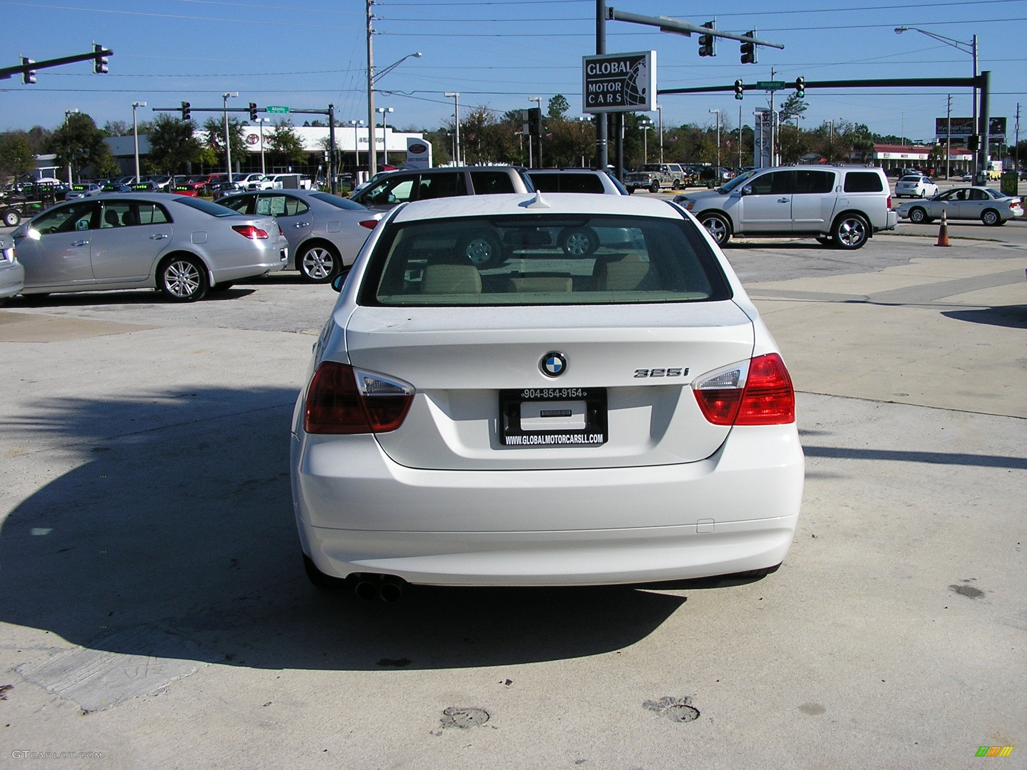 2006 BMW 3 Series 325i Sedan 2006 BMW 325i, Alpine White / Beige ...