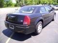 2005 Brilliant Black Crystal Pearl Chrysler 300 Touring  photo #5