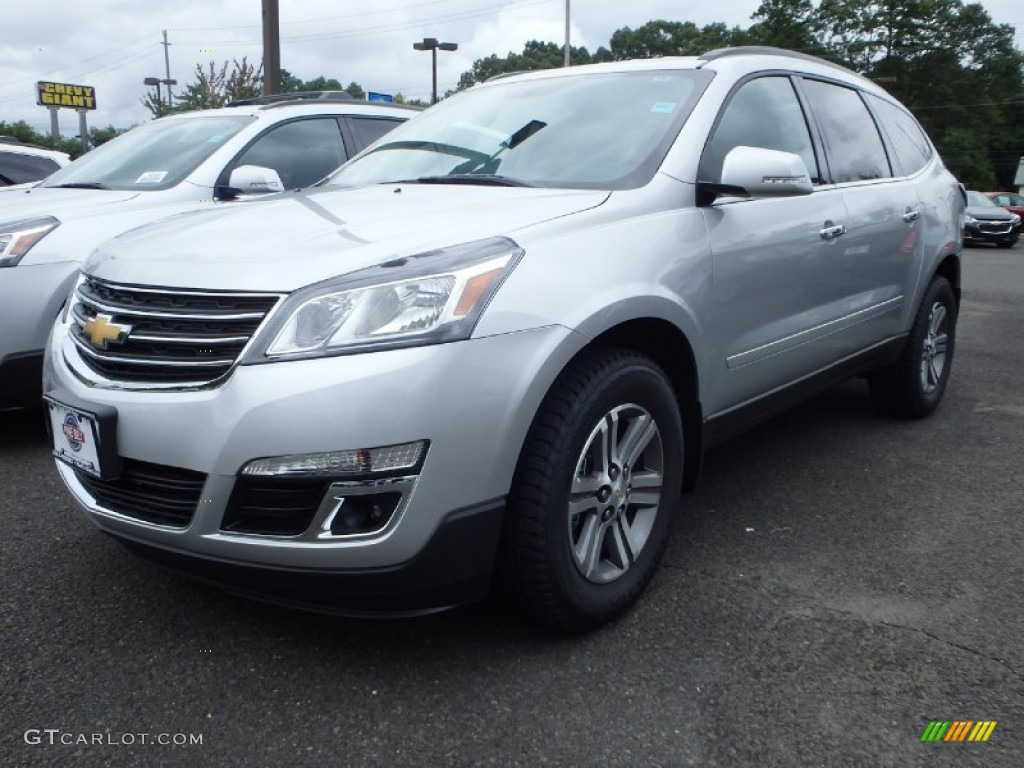 2015 silver ice metallic chevrolet traverse lt awd 96645868 car color galleries for Chevy traverse interior colors