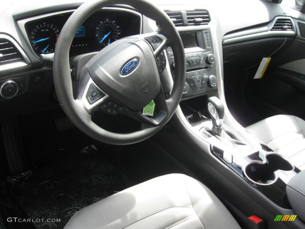 2015 Magnetic Metallic Ford Fusion S 96645923 Photo 3 Car