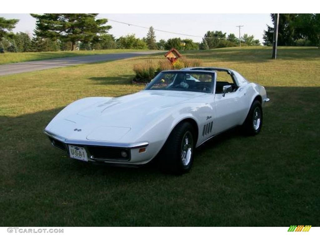 1969 Corvette Coupe - Can Am White / Green photo #1