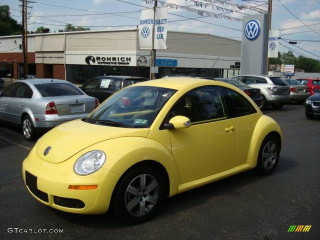 2006 sunflower yellow volkswagen new beetle 2 5 coupe 9696905 car color galleries. Black Bedroom Furniture Sets. Home Design Ideas