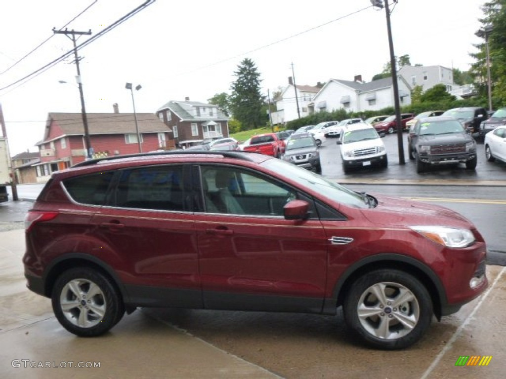 2014 Escape SE 2.0L EcoBoost 4WD - Sunset / Charcoal Black photo #4
