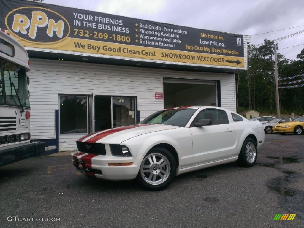 2007 Mustang V6 Premium Coupe - Performance White / Black/Red photo #1