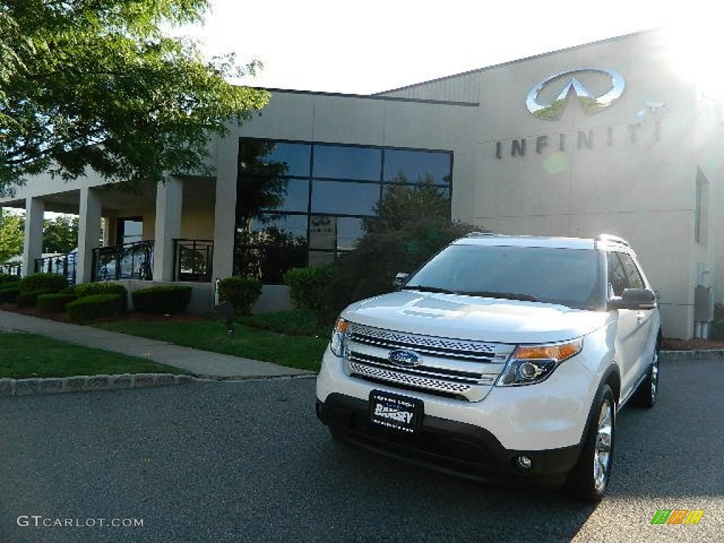 2011 Explorer XLT 4WD - White Suede / Charcoal Black photo #1