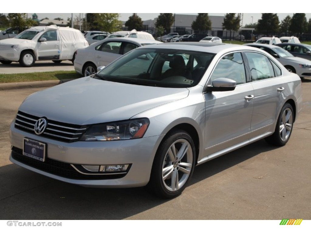 2015 reflex silver metallic volkswagen passat se sedan 97522074 photo 3 car. Black Bedroom Furniture Sets. Home Design Ideas